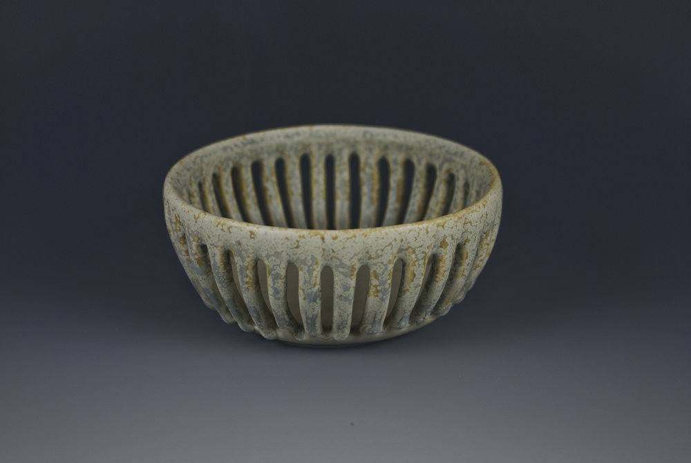 slotted bowl 03_2017cc.jpg