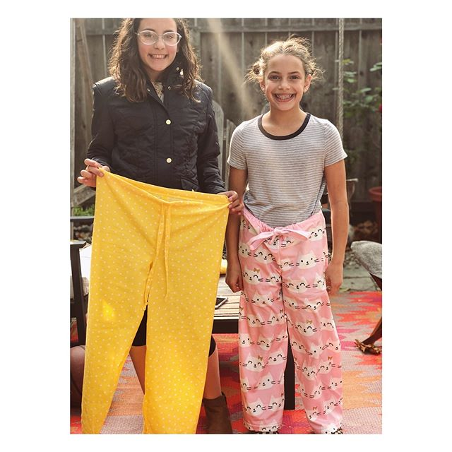 I forgot to post this on Saturday after these 2 cuties finished their sewing class. So here goes, pajama pants modeled by Maddie & Grace 🌟
