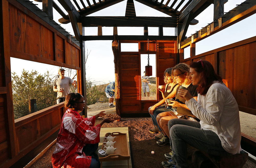 03_Teahouse_interior_LATimes.JPG