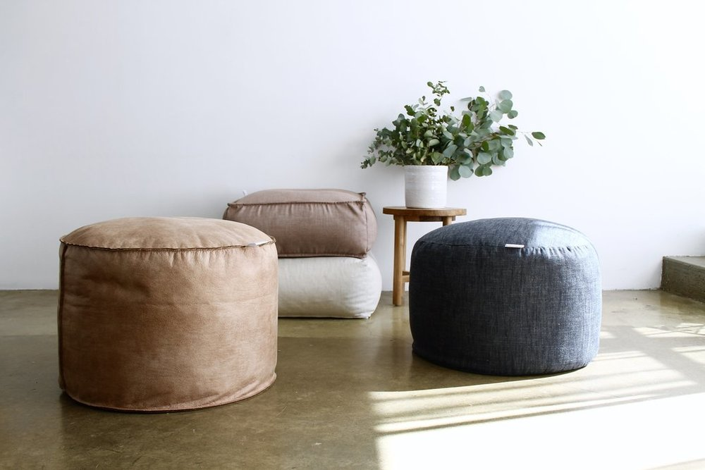 MON PALMER for Onyx & Smoke OTTOMANS