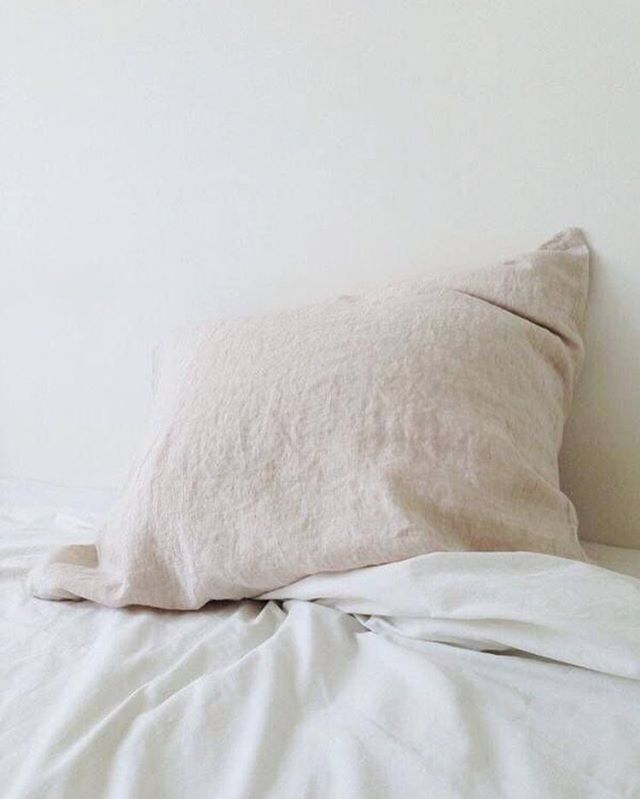 Good morning Sunday, we've missed you. #teainbed☕️ image via @pinterest