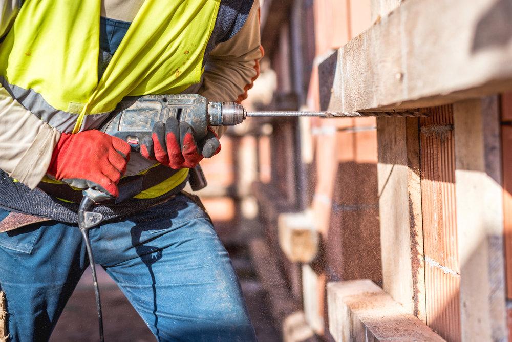 Power & hand tools -