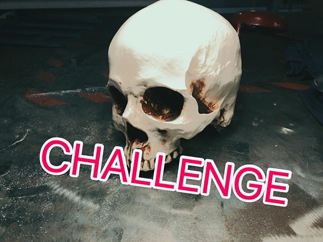 @karolinehinz challenged me so I challenge everyone! You have this whole month to make your own skull! Any medium, 2D, 3D modify an existing one... No rules besides: don't kill someone! Make a video on youtube or pictures on instagram with the tag #makerskullchallenge , I'll give a custom maker knife to one of you kinda random!