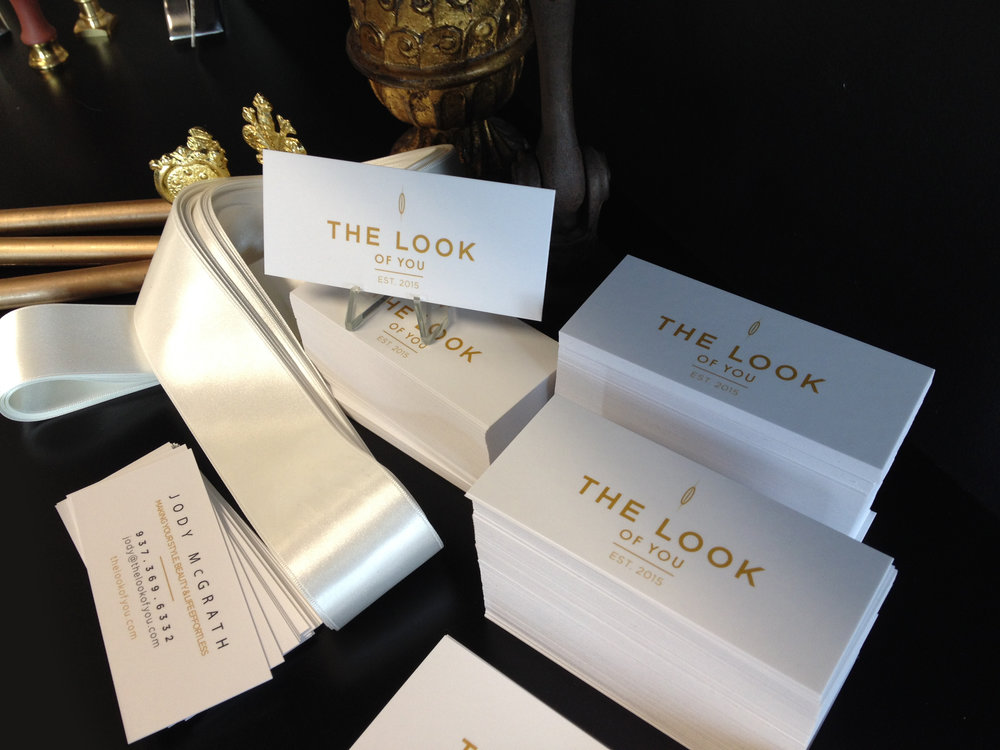 logo-business-card-gold-white-fashion.JPG