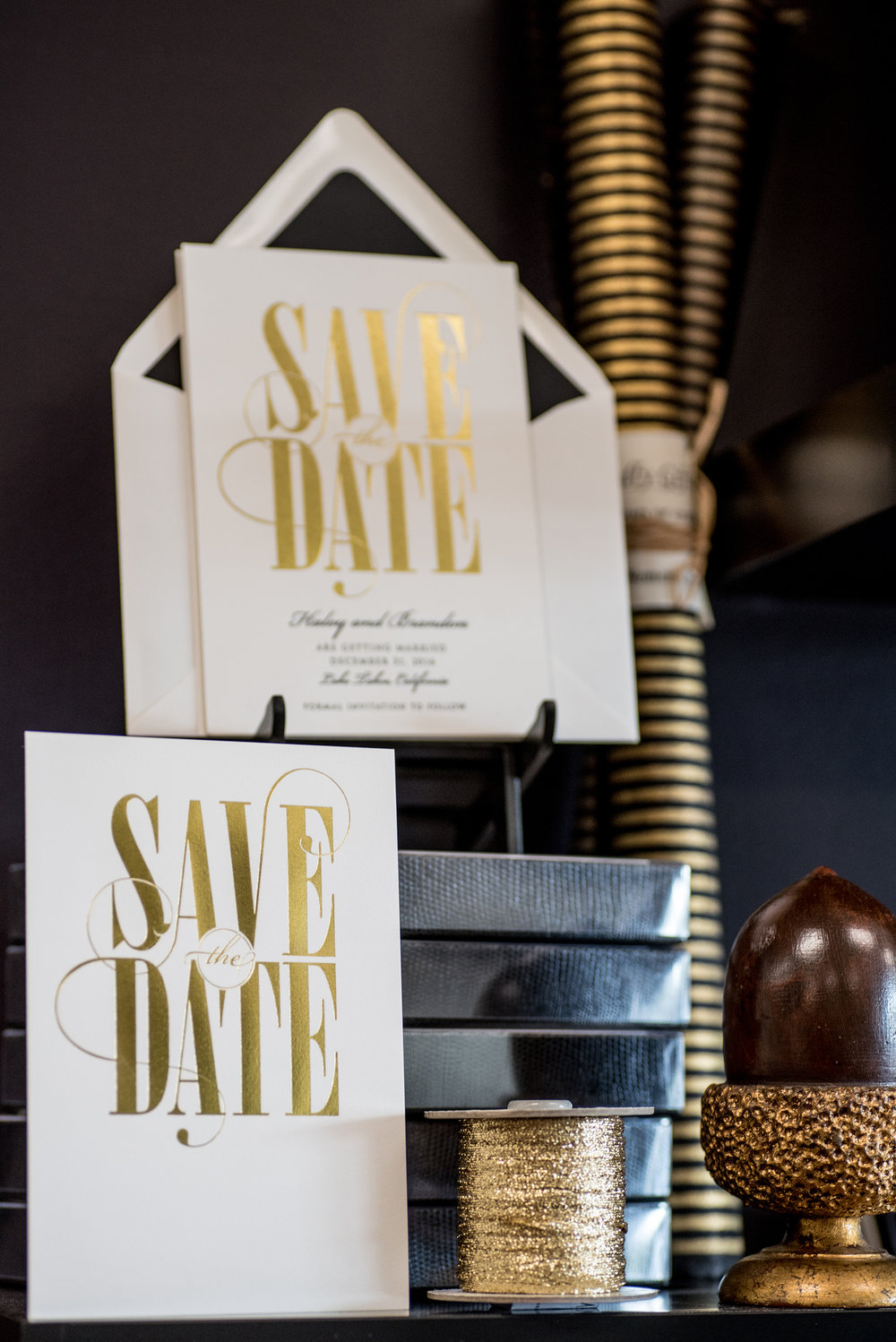 digital-bespoke-save-the-date-gold-foil.jpg