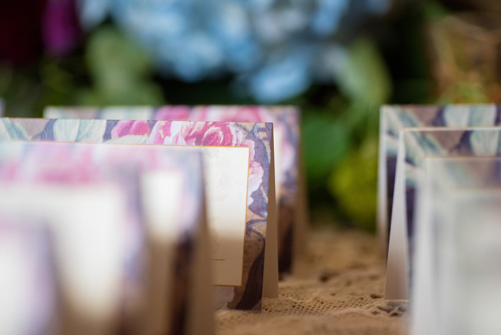 event-design-place cards-flowers-shabby-chic-detail.jpg