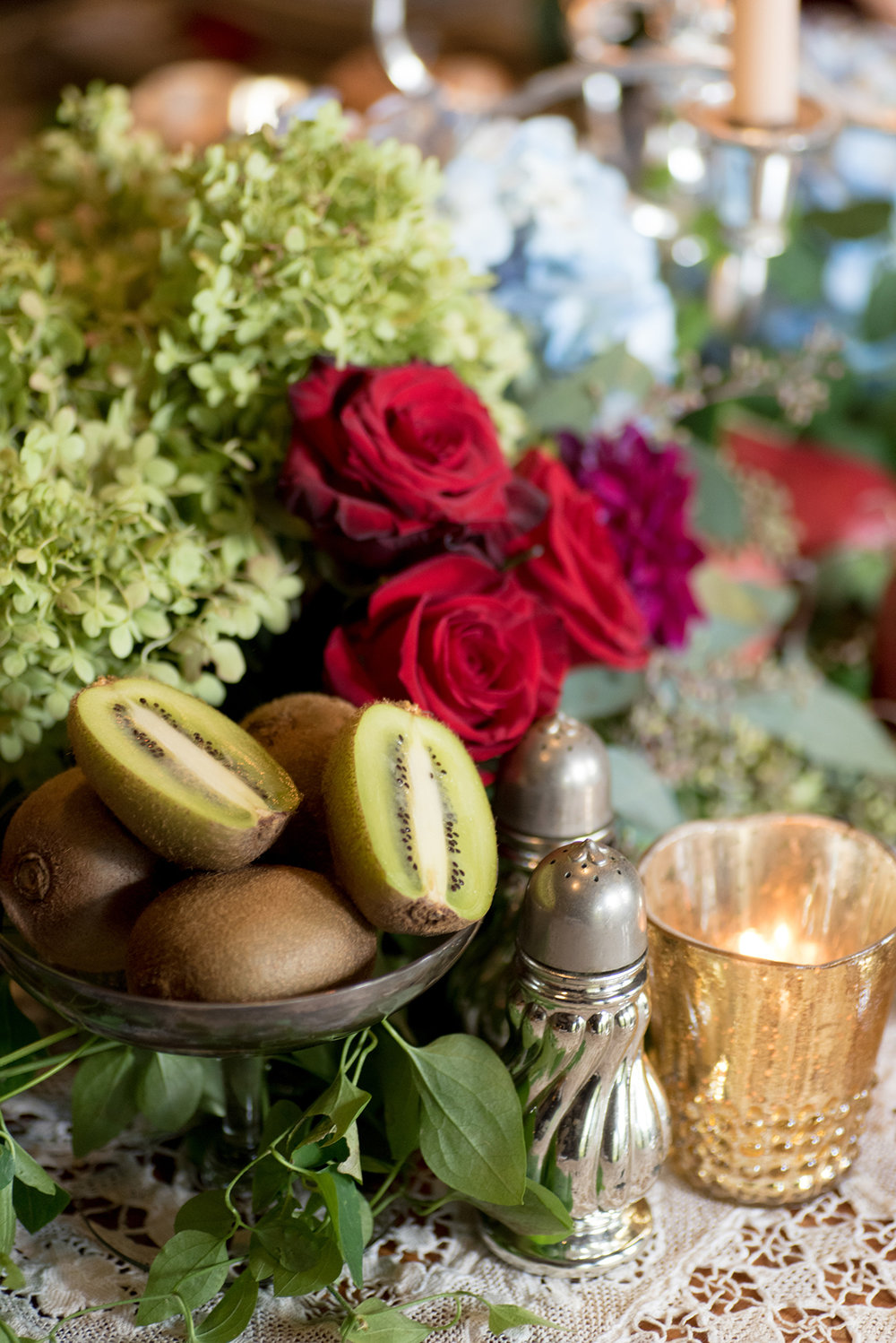 event-design-table-setting-detail-roses-fall-theme.jpg