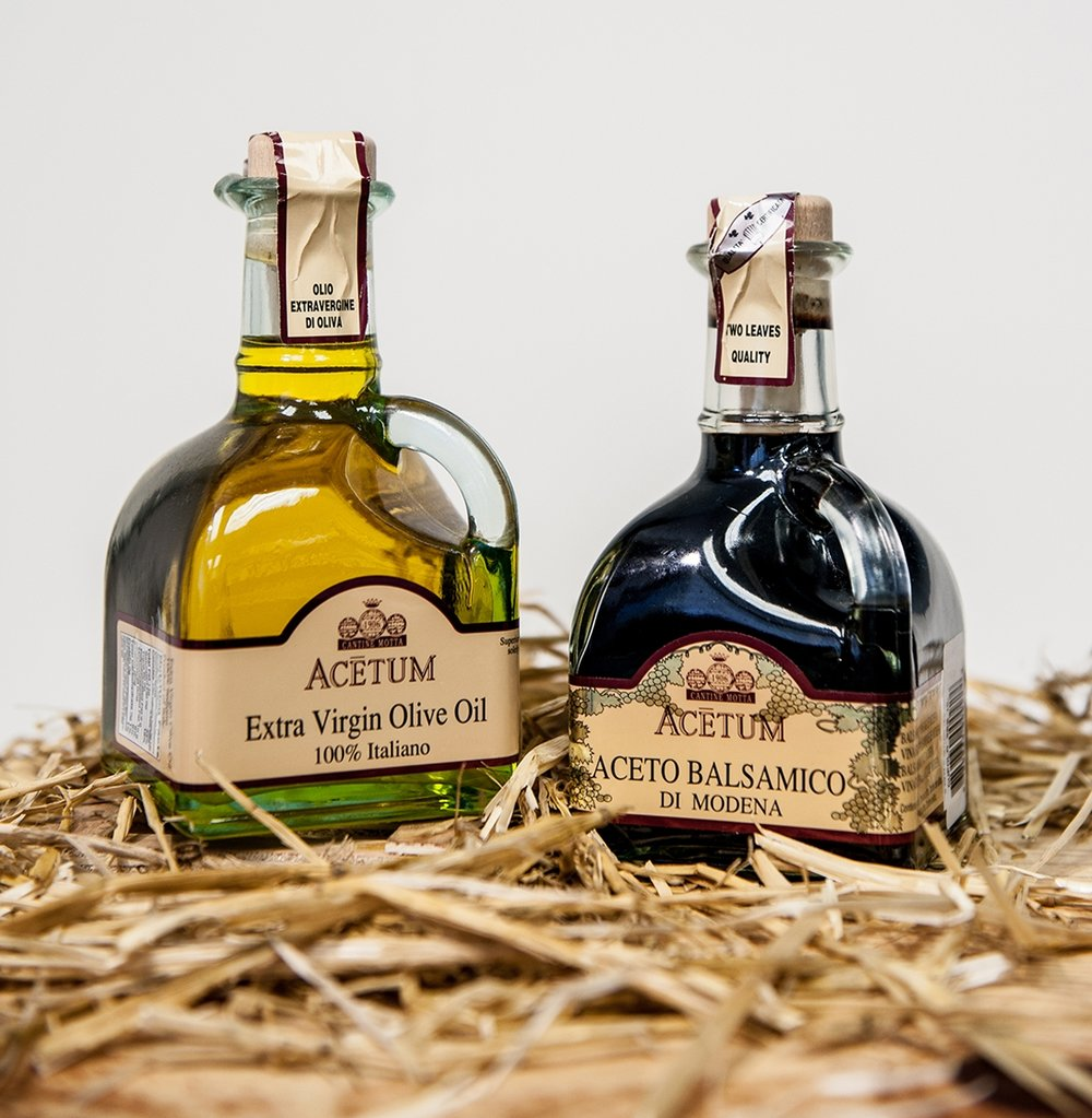 Acetum Cruet extra virgin olive oil & balsamic vinegar of Modena.jpg