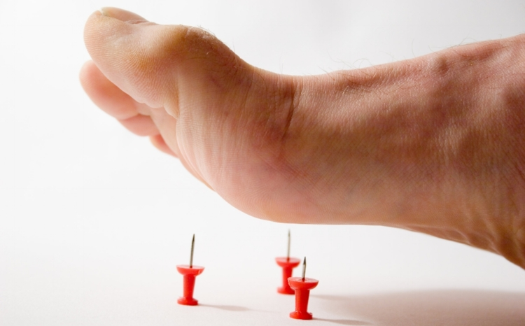 Do you suffer from pins & needles in your feet or hands?