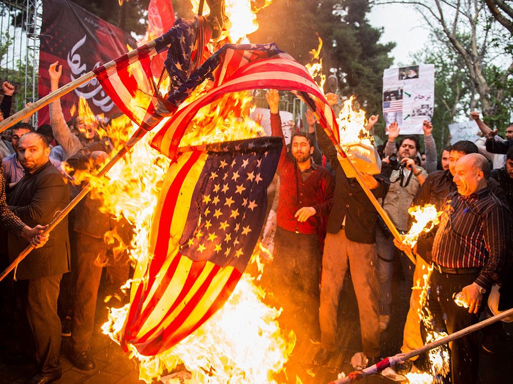 flag_burning_2.jpg