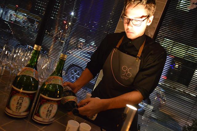 Notre Montrealit - Une grande sélection de sakés d'importation privée est proposée à partir de 8$ et ceux-ci peuvent être dégustés frais ou chaud...