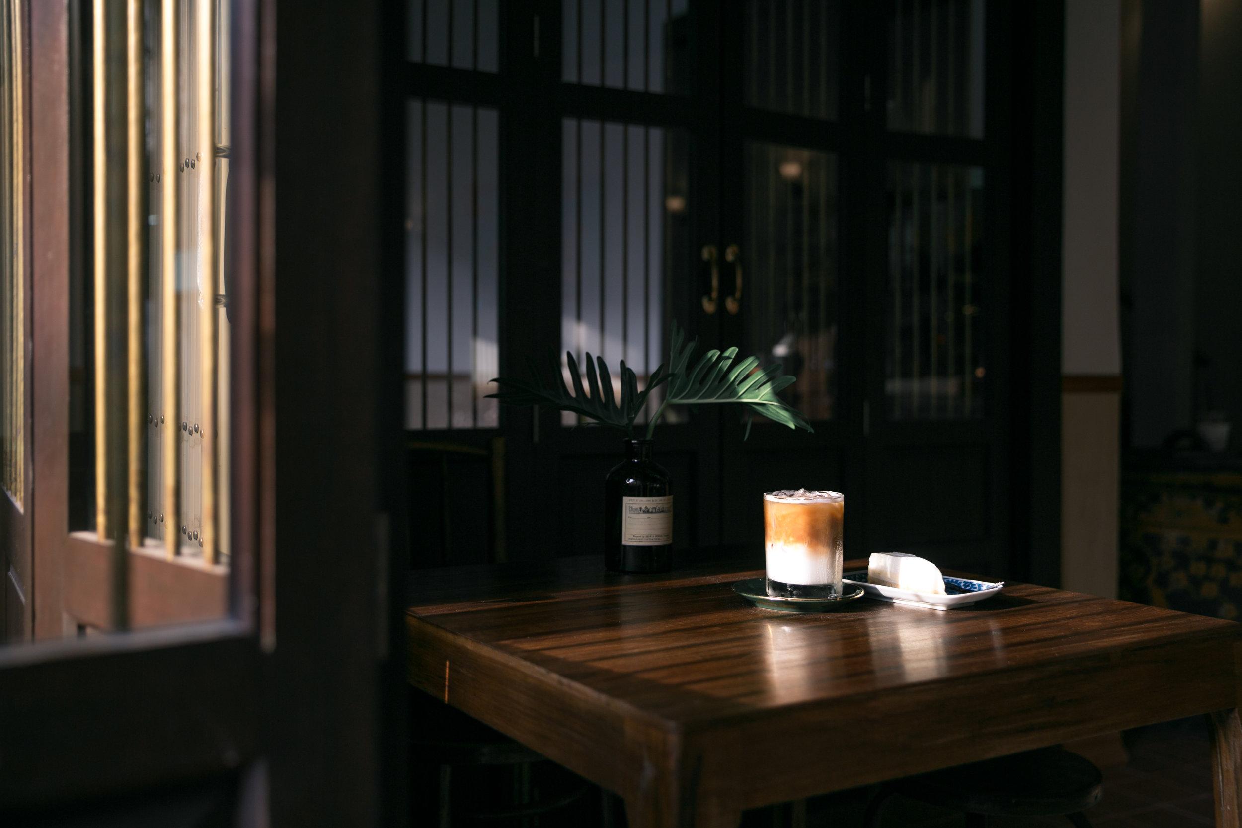 Cafe 103 bed brews coffee on tableg geotapseo Gallery