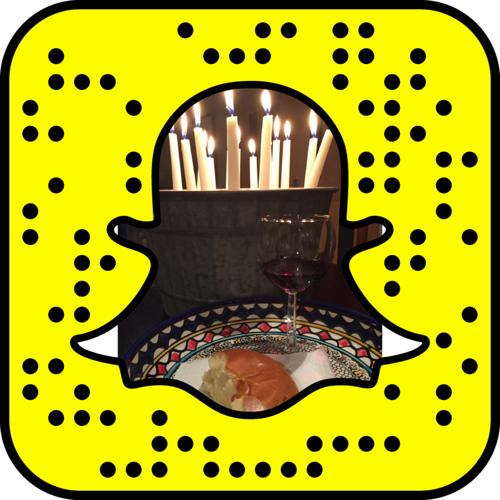 APYoungAdults_decorated_snapcode v1.png