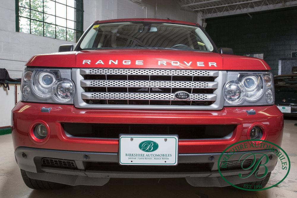 Birkshire Automobiles 2009 Range Rover Burgundy-13.jpg