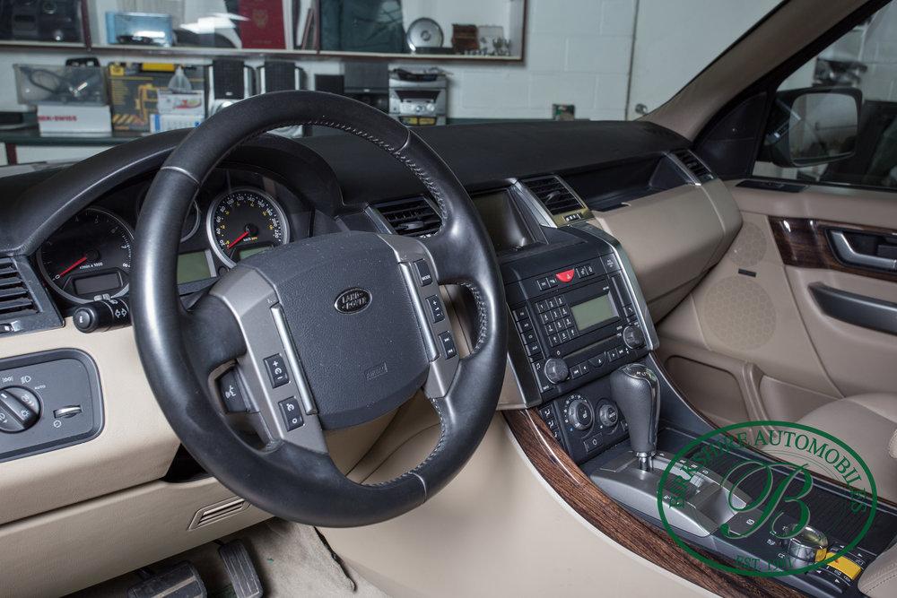 Birkshire Automobiles 2009 Range Rover Burgundy-85.jpg