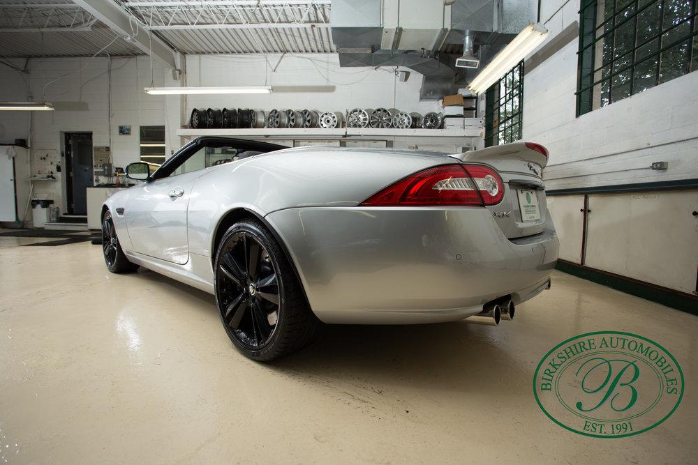 Birkshire Automobiles 2013 Jaguar XKR-41.jpg