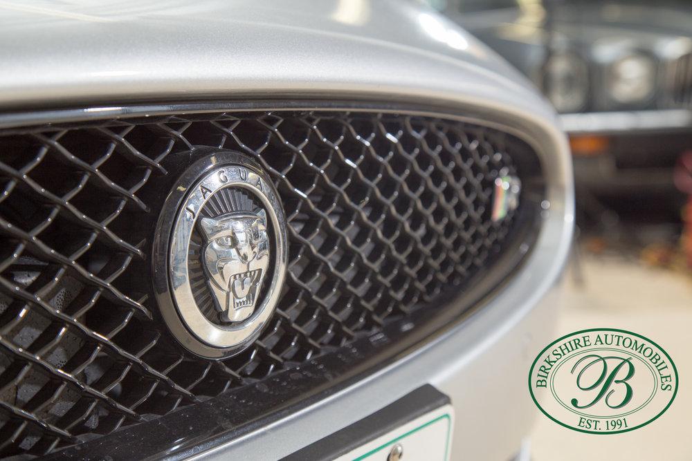 Birkshire Automobiles 2013 Jaguar XKR-68.jpg