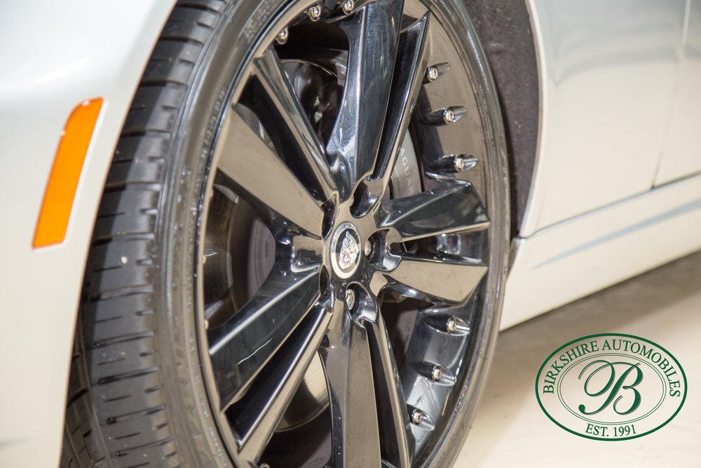 Birkshire Automobiles 2013 Jaguar XKR-79.jpg