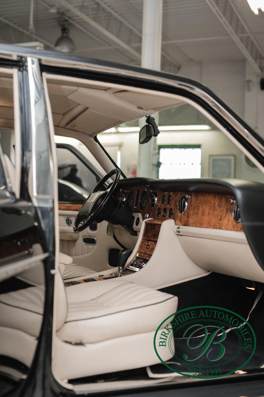 Birkshire 1997 Bentley Brooklands Turbo-1 web (6).jpg