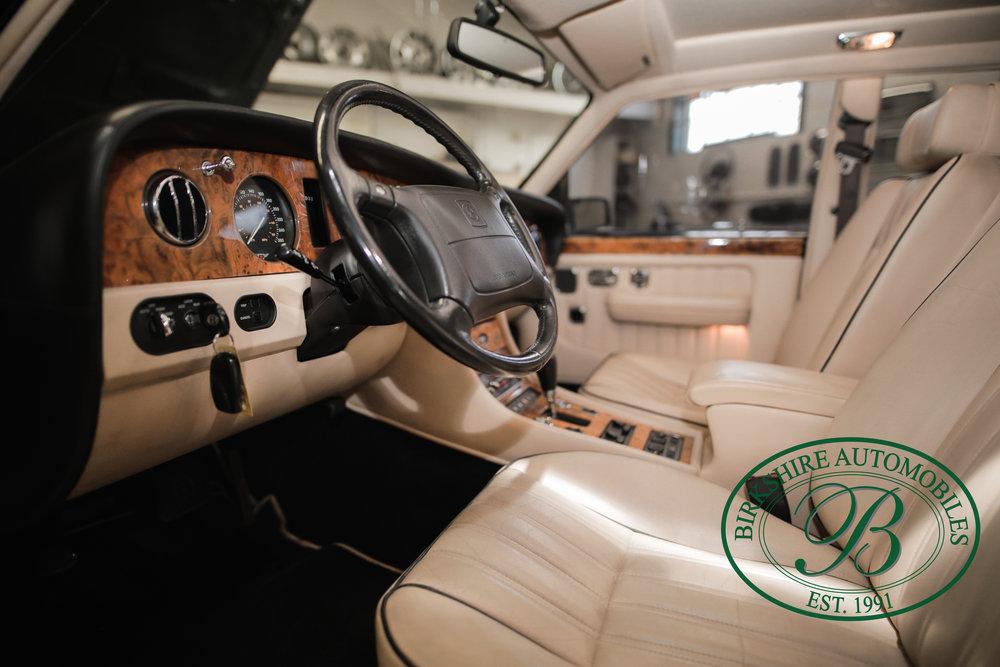 Birkshire 1997 Bentley Brooklands Turbo-1 web (20).jpg