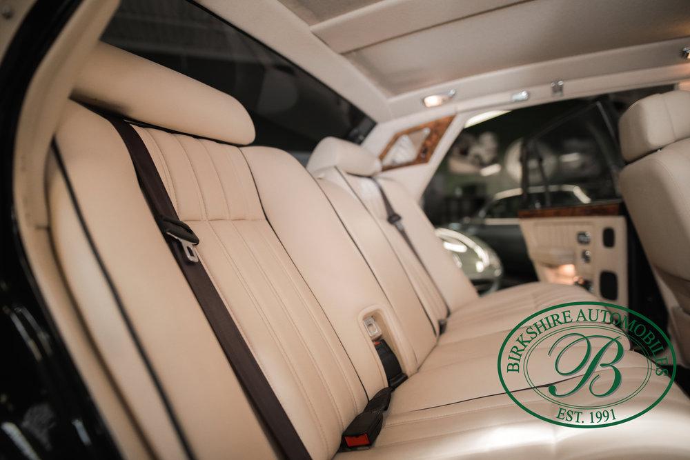 Birkshire 1997 Bentley Brooklands Turbo-1 web (23).jpg