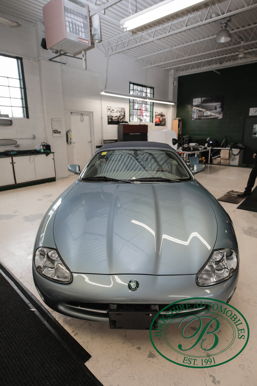 Birkshire 2002 Jaguar XK Convertible-16.jpg