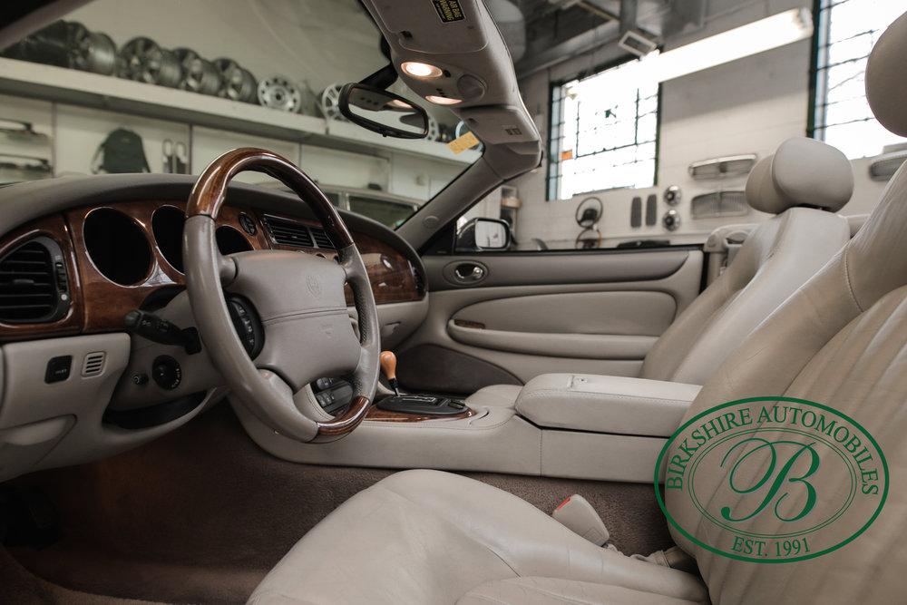 Birkshire 2002 Jaguar XK Convertible-17.jpg