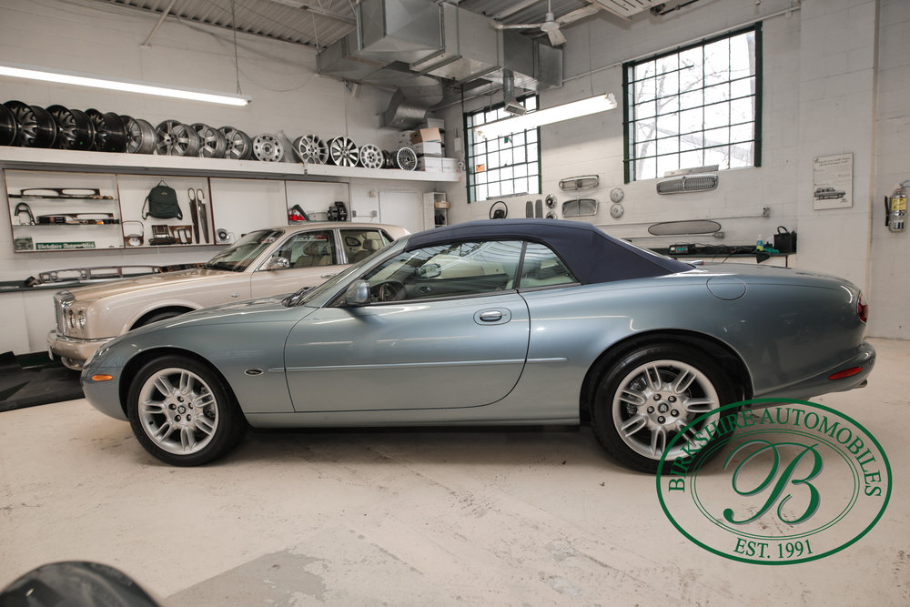 Birkshire 2002 Jaguar XK Convertible-15.jpg