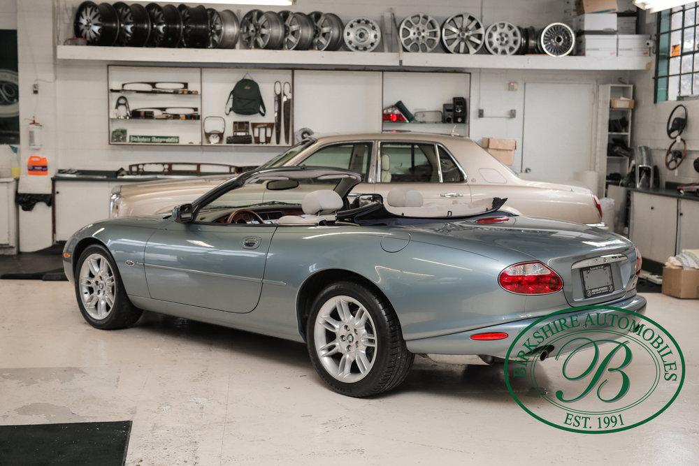Birkshire 2002 Jaguar XK Convertible-23.jpg