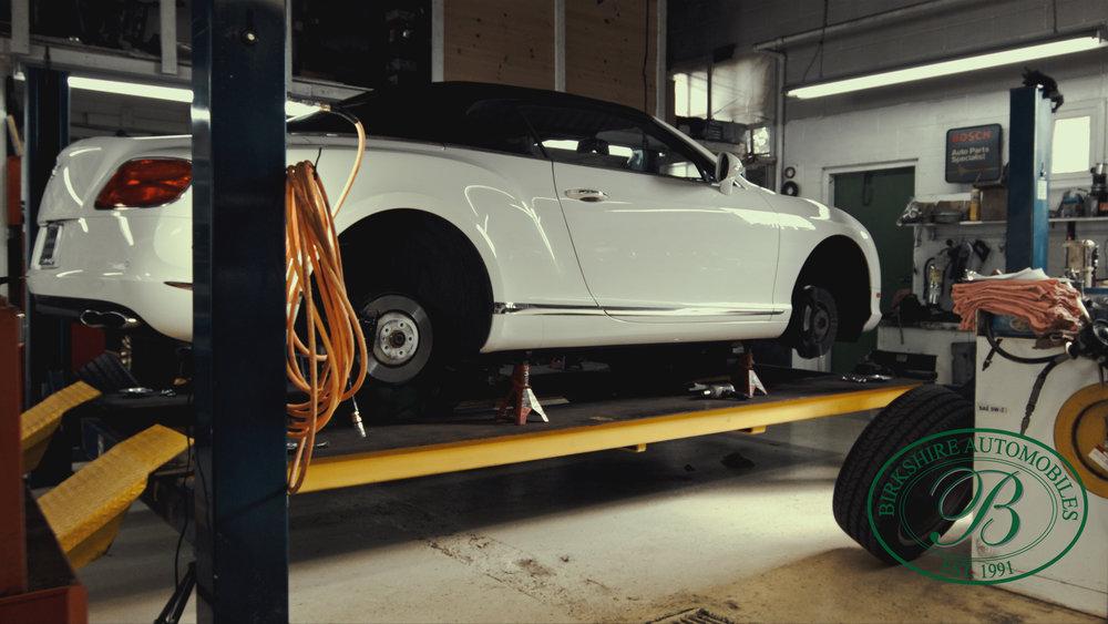 Birkshire Automobiles Garage-102.jpg