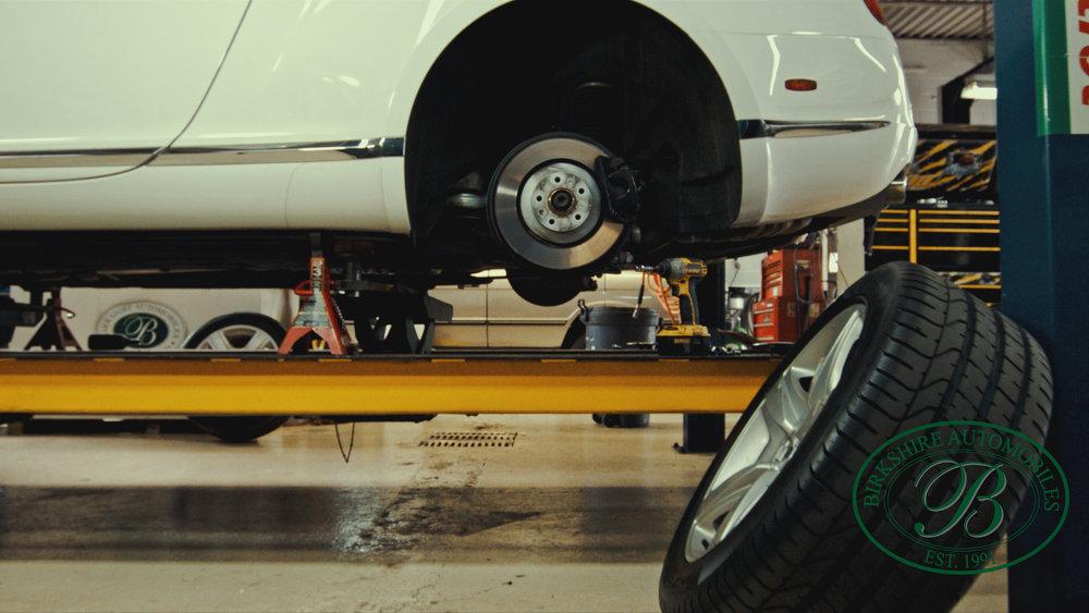 Birkshire Automobiles Garage-110.jpg
