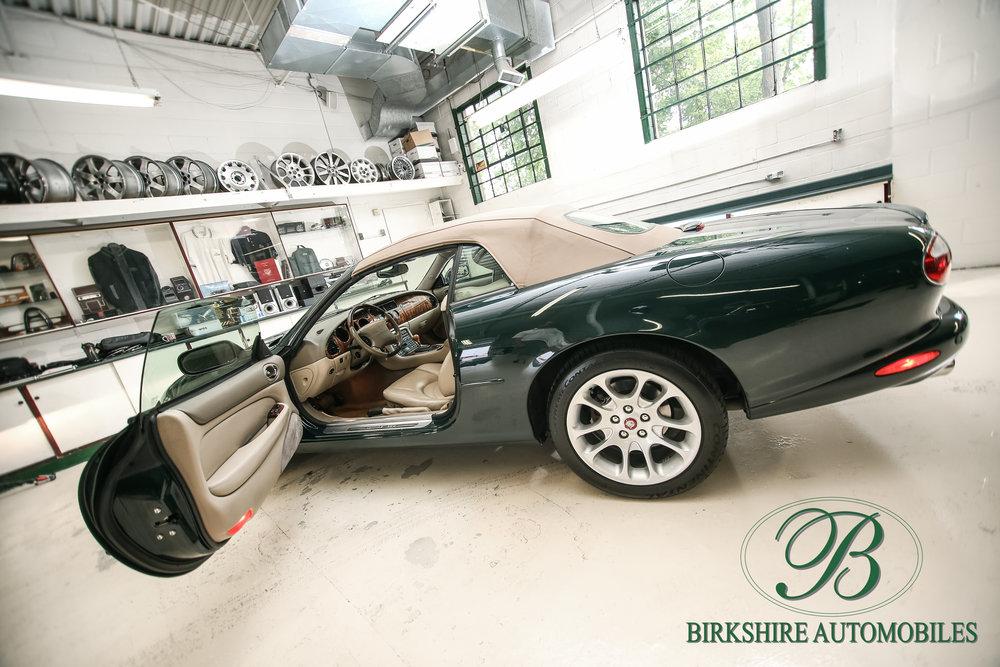 Birkshire Automobiles-2001 Jaguar XKR Convertible (28).jpg