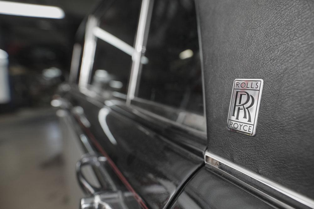 Birkshire Automobiles - 1971 Rolls Royce Service (8).jpg