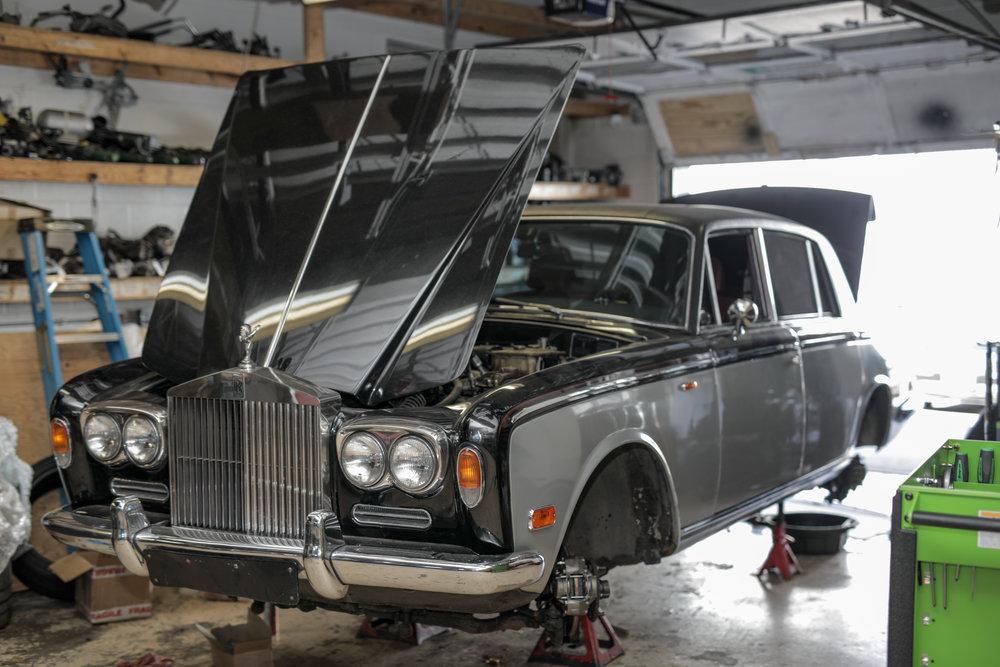 Birkshire Automobiles - 1971 Rolls Royce Service (17).jpg