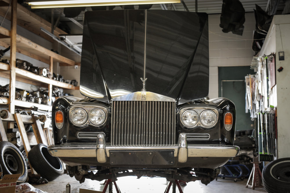 Birkshire Automobiles - 1971 Rolls Royce Service (19).jpg