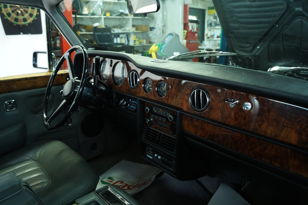 Birkshire Automobiles Britsh Car Service 1980 Rolls Royce Siver Shadow 2 (10).JPG