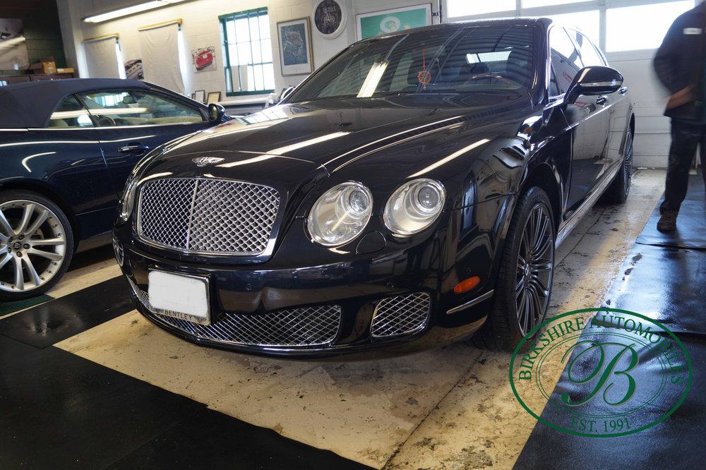 Birkshire Automobiles 2012 Bentley Flying Spur (7).jpg