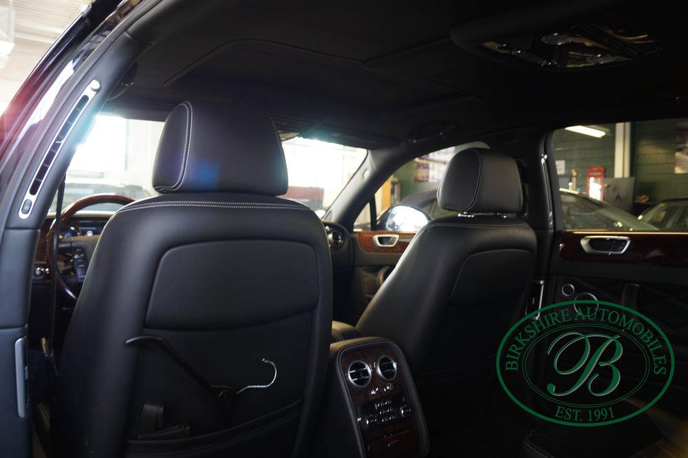 Birkshire Automobiles 2012 Bentley Flying Spur (20).jpg