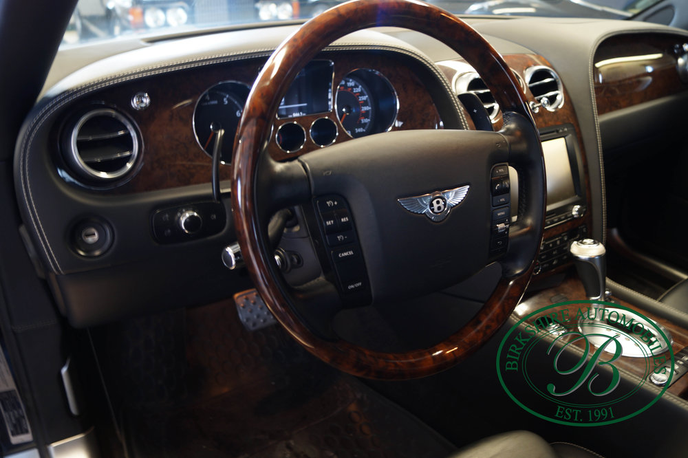 Birkshire Automobiles 2012 Bentley Flying Spur (23).jpg