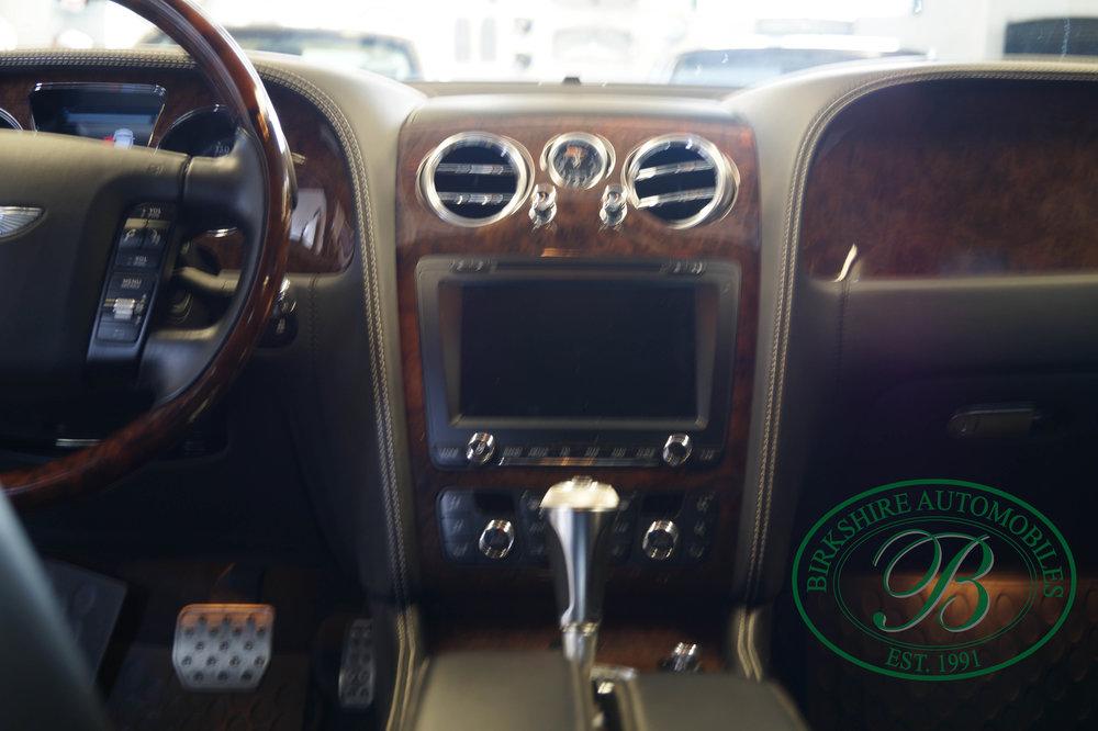 Birkshire Automobiles 2012 Bentley Flying Spur (24).jpg