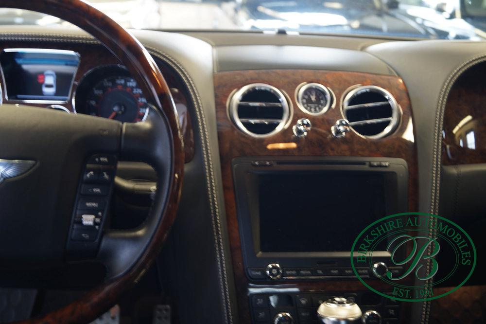 Birkshire Automobiles 2012 Bentley Flying Spur (25).jpg