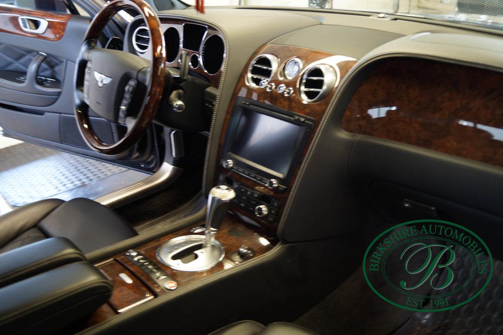 Birkshire Automobiles 2012 Bentley Flying Spur (27).jpg