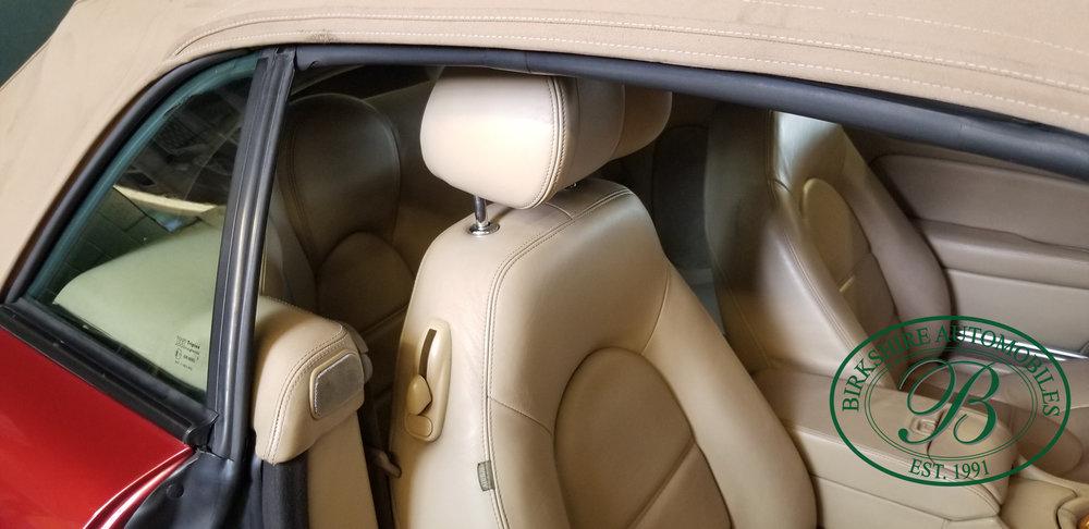 2006 Jaguar XK8 Convertible - Birkshire Automobiles Thornhill (21).jpg