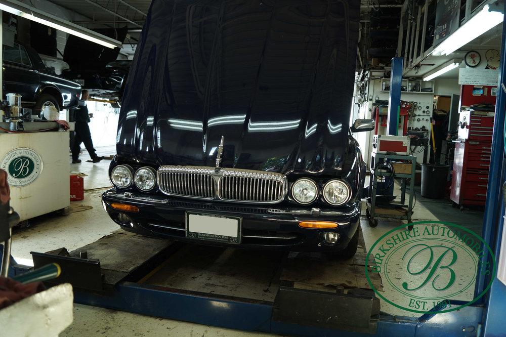 Birkshire Automobiles Britsh Car Service Toronto-98.jpg