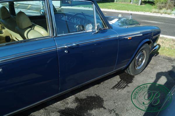 Birkshire Automobiles 1972 Rolls Royce Silver Shadow (7).jpg