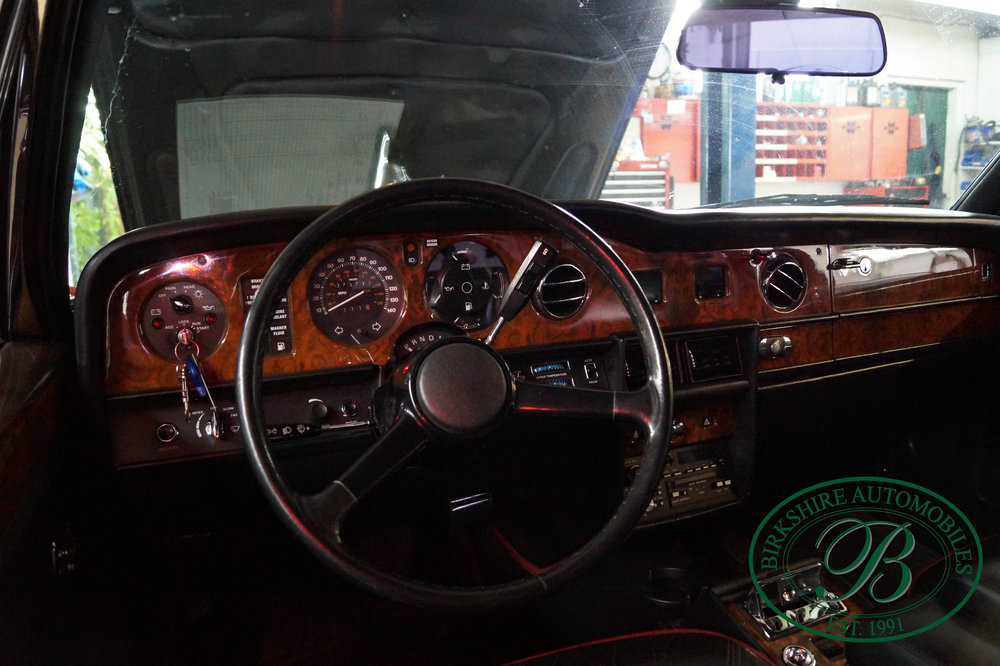 1987 Rolls Royce Silver Spur Birkshire Automobiles (15).jpg