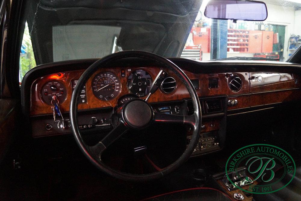 1987 Rolls Royce Silver Spur Birkshire Automobiles (16).jpg