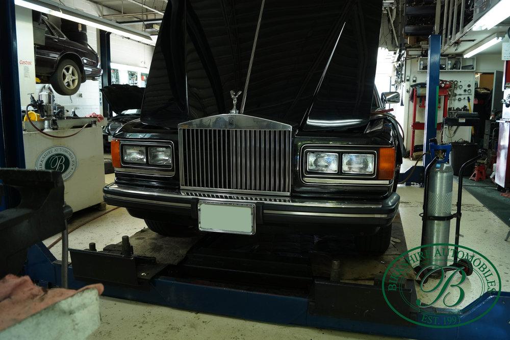 1987 Rolls Royce Silver Spur Birkshire Automobiles (25).jpg