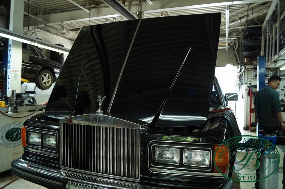1987 Rolls Royce Silver Spur Birkshire Automobiles (28).jpg