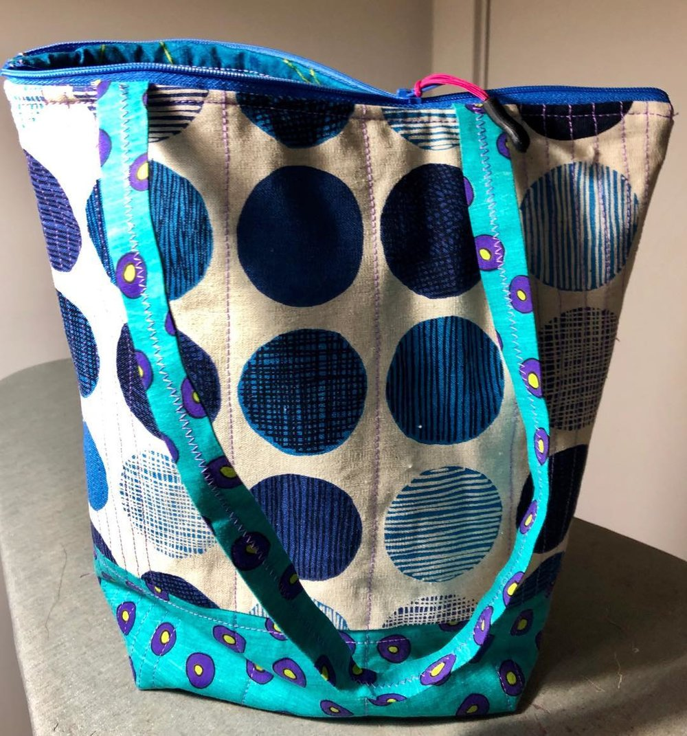 BOLD & BLUE Zipper Bag